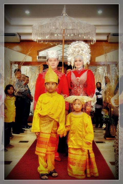1dsc_0411 Wedding Reception: Be the Reds!