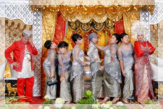 1dsc_0756 Wedding Reception: Be the Reds!