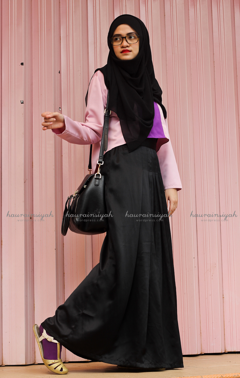black-shawl-e When Pink Meets Black