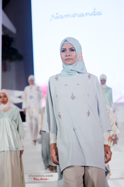 b-ria-14-a Ria Miranda for Wardah Blooming Colors
