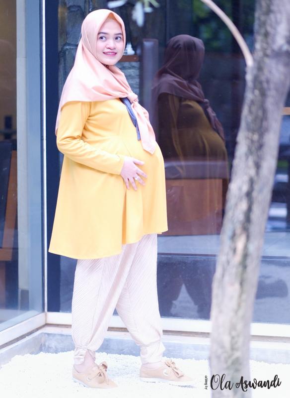 inspirasi-gaya-hamil-37 9 Inspirasi #OOTD Bagi Ibu Hamil