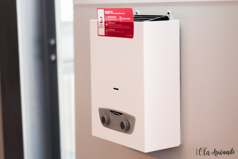 Ariston-Water-Heater-40 5 Manfaat Mandi Air Hangat untuk Bayi