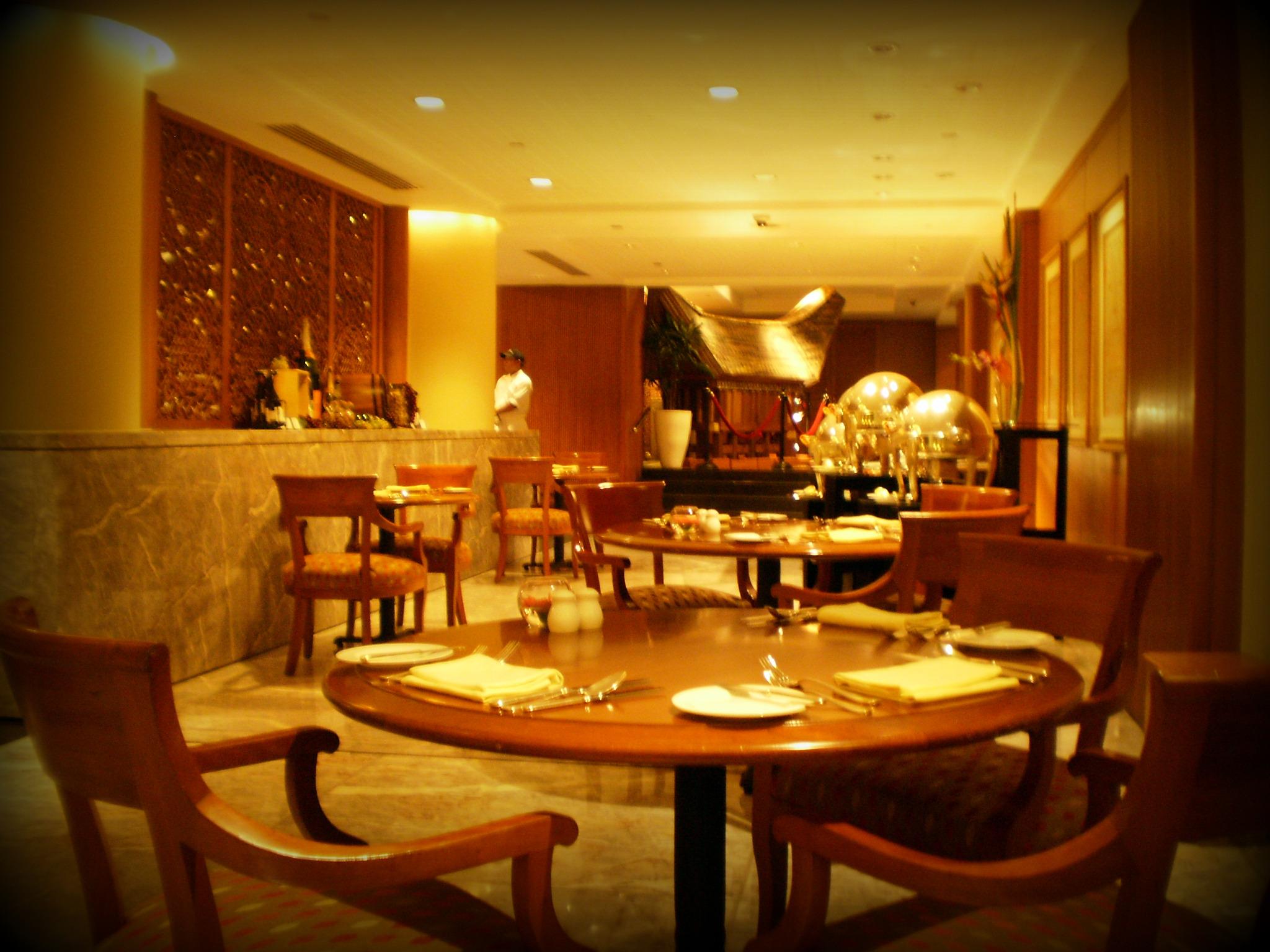 p4240064e Brutal Dinner at Seasons Cafe