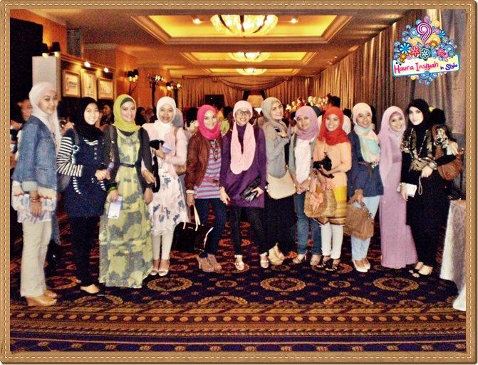 8qp8140028 Event: Fashion Tendance 2011- Intertwine