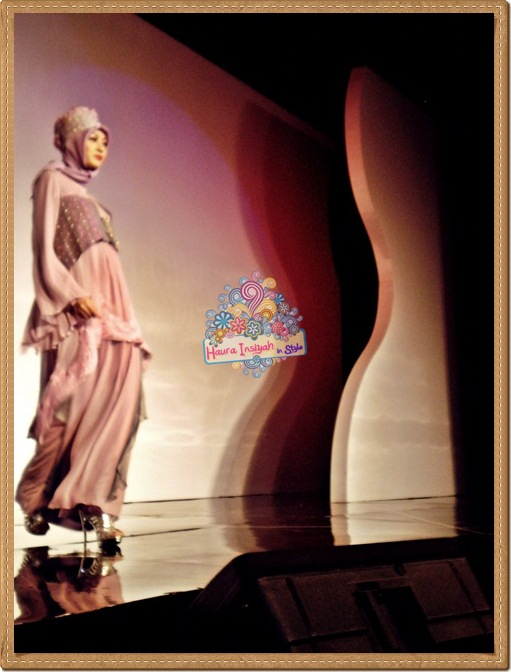 8qp8140107 Event: Fashion Tendance 2011- Intertwine
