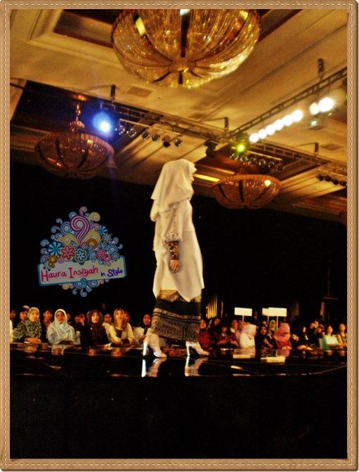 8qp8140128 Event: Fashion Tendance 2011- Intertwine