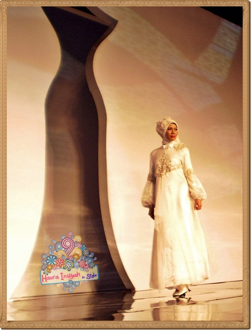 8qp8140175 Event: Fashion Tendance 2011- Intertwine