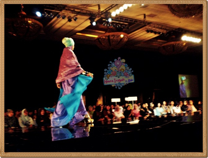 8qp8140218 Event: Fashion Tendance 2011- Intertwine