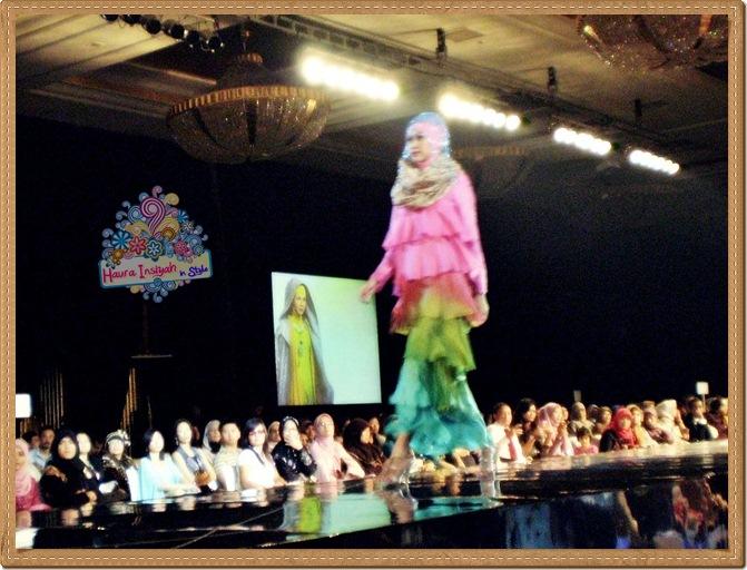 8qp8140222 Event: Fashion Tendance 2011- Intertwine