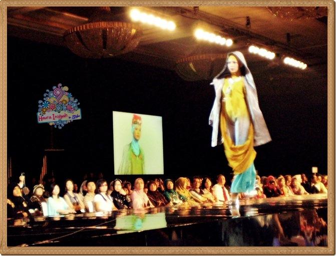 8qp8140225 Event: Fashion Tendance 2011- Intertwine