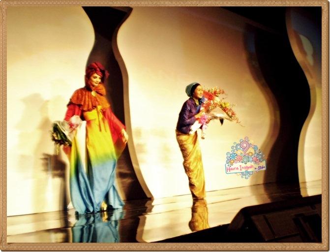 8qp8140235 Event: Fashion Tendance 2011- Intertwine