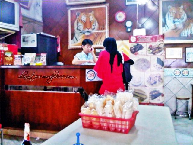 q1img00274-20101206-1443 Culinary Hunting: Semarang [Part 3]