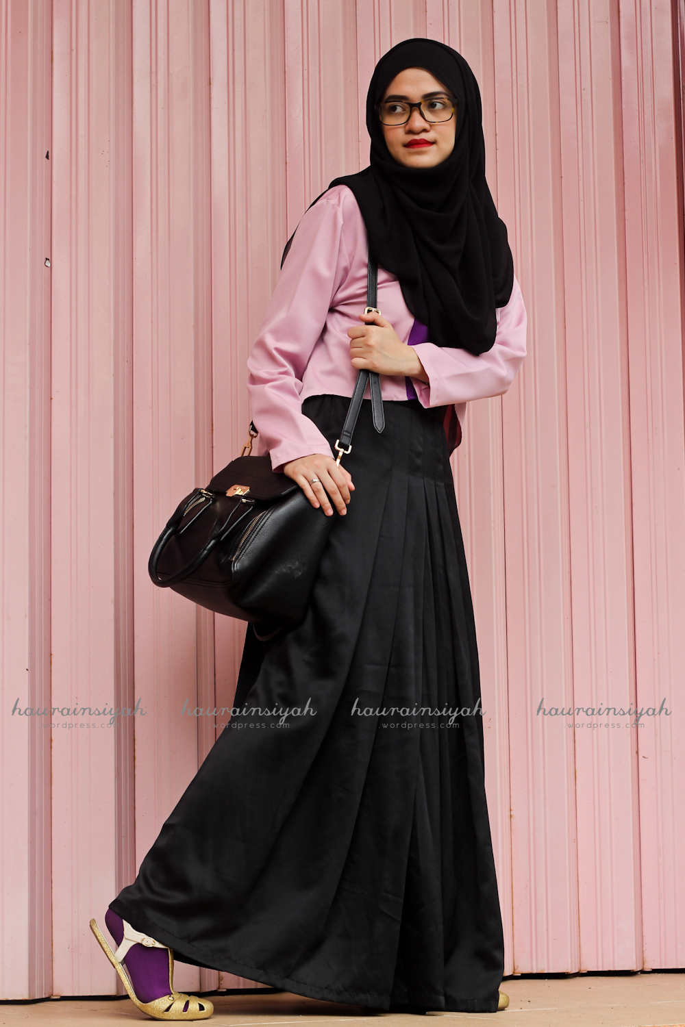 black-shawl-a When Pink Meets Black