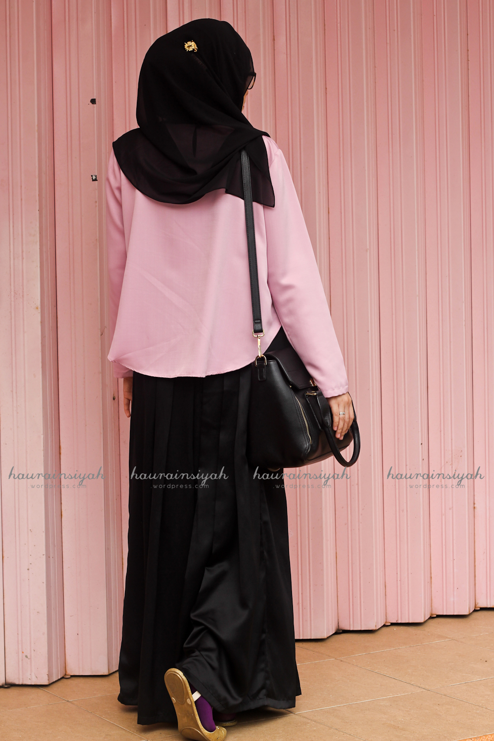 black-shawl-b When Pink Meets Black