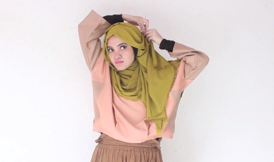 Screen-Shot-2015-01-21-at-11.32.22-AM Hijab Tutorial: Plain Shawl