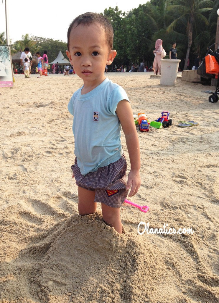 ancol-3-743x1024 Family Getaway: Ancol Beach City