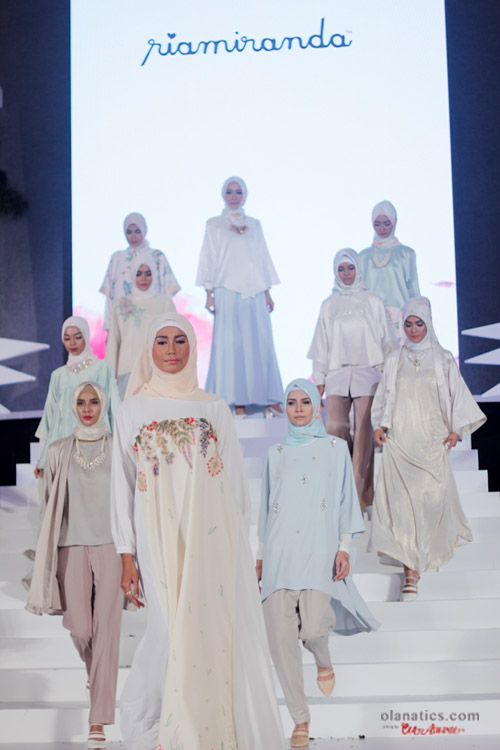 b-ria-12-a Ria Miranda for Wardah Blooming Colors