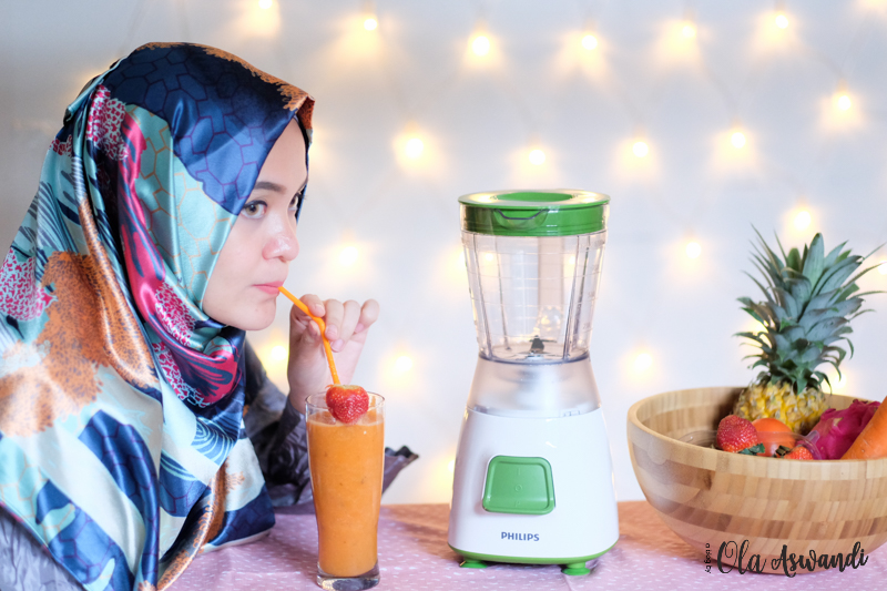 PHILIPS-REVIEW-109 Launching & Review Philips Blender HR 2057