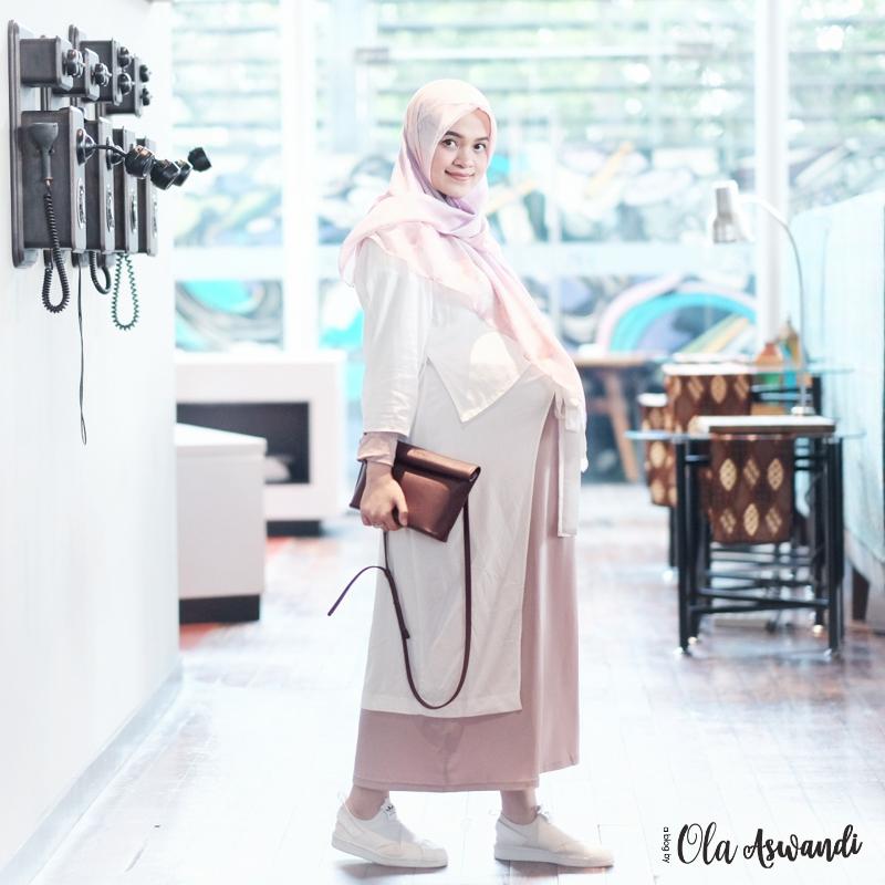 inspirasi-gaya-hamil-23 9 Inspirasi #OOTD Bagi Ibu Hamil