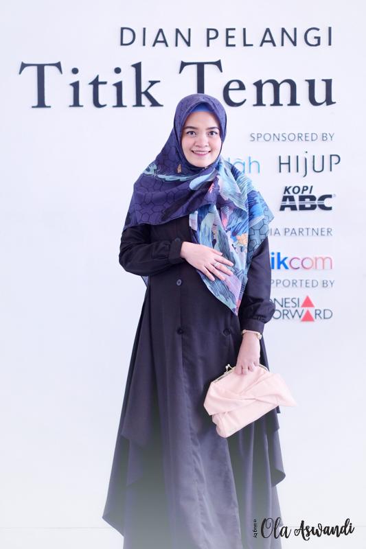 inspirasi-gaya-hamil-25 9 Inspirasi #OOTD Bagi Ibu Hamil