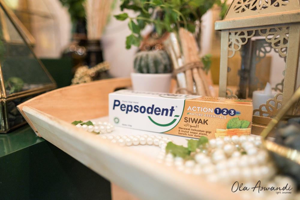 Pepsodent-Siwak-2 Event: Launching Pepsodent Siwak