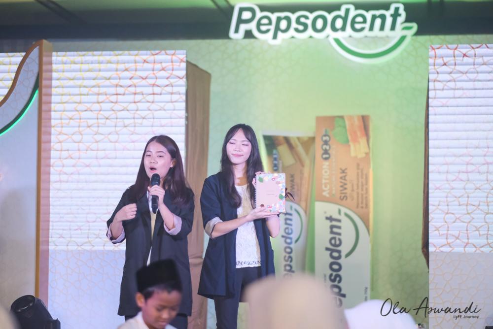 Pepsodent-Siwak-24 Event: Launching Pepsodent Siwak